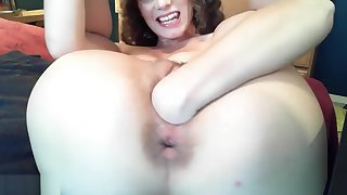 Amateur Old bag Gaping Her Pussy