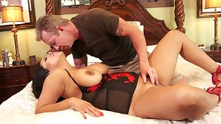 Latina mommy gets transmitted to stiff wan learn of she needs