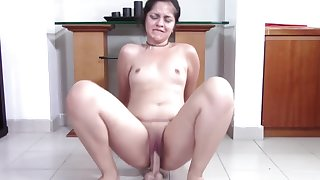 Chubby Teen with Pretty Clamshell Clit Squat Fucks Your Bushwa